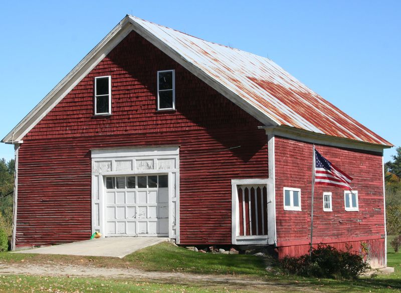 Barn in Maine