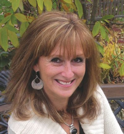 Diane Arthurs head shot