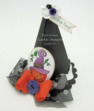 TrickOrTreatWitchesHatJR20110152
