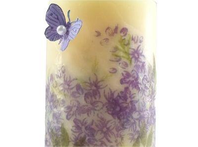 Lilaccandleaa